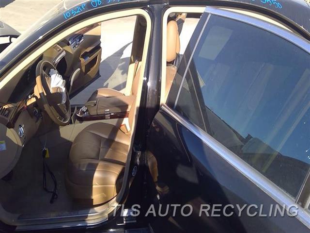 2008 Mercedes S550 Center Pillar Cut  LH,BLK,221 TYPE, S550, L.