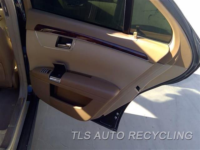 2008 Mercedes S550 Trim Panel, Rr Dr  RH,BRWN,LEA