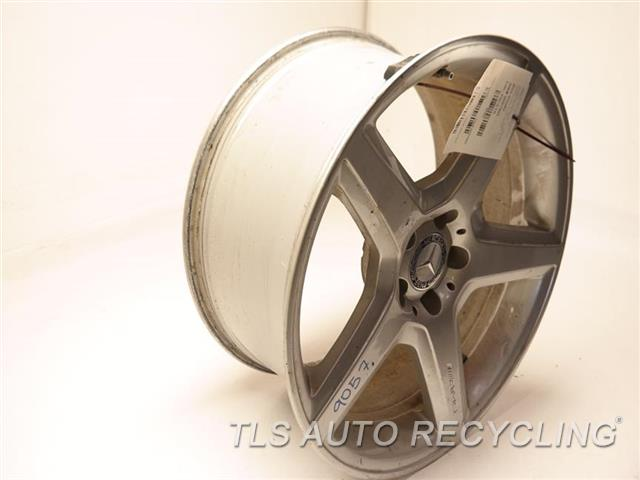 2008 Mercedes S550 Wheel WHEEL FROM 2008 SL55, MINOR SCRATCHES 19X9-1/2 AMG ALLOY WHEEL