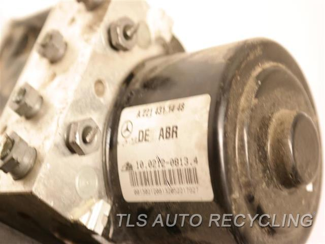 2013 Mercedes S550 Abs Pump 2219014700 ANTI-LOCK BRAKE-ABS PUMP 2214311448