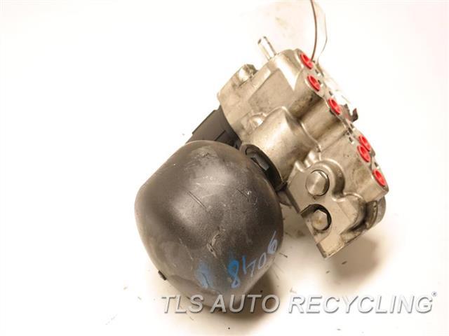 2009 Mercedes Sl550 Susp Comp Pump 2203200858  2203201258�  ELECTRICAL CONNECTOR HAS CRACK AIR SUSPENSION HYDRAULIC / AIR VALVE
