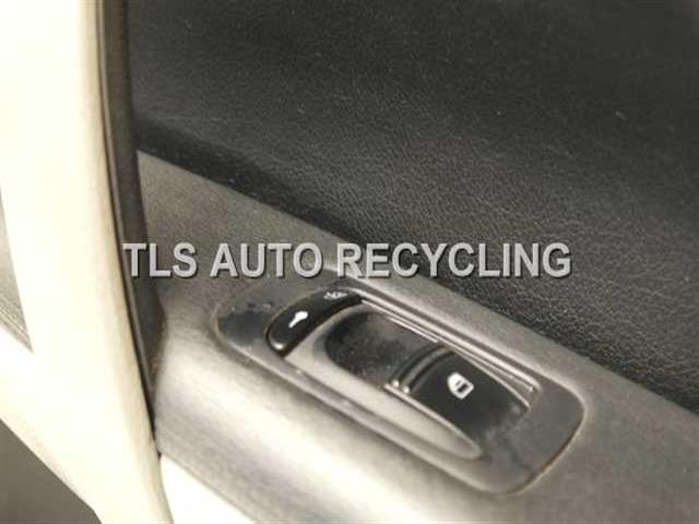 2004 Porsche Cayenne Trim Panel Fr Dr 95555513202 95555523000black Passenger Front Door Panel