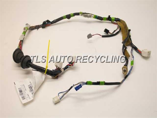 2006 scion xa body wire harness 82152 52a20 used a. Black Bedroom Furniture Sets. Home Design Ideas