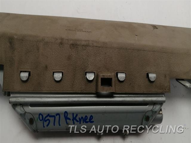 2010 Toyota 4 Runner Air Bag  RH,PASSENGER, KNEE