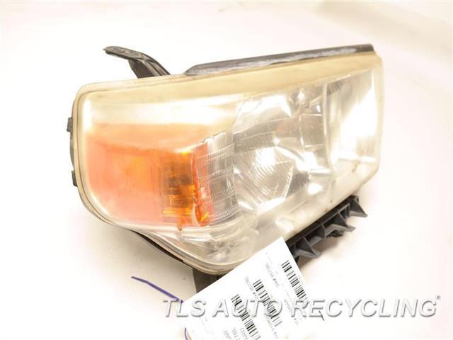 2010 Toyota 4 Runner Headlamp Assembly NEED BUFF RH,SR5, HELOGEN HEADLAMP
