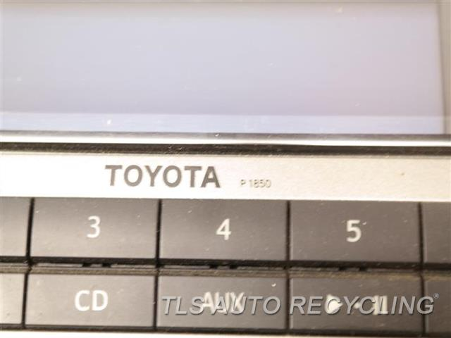 2010 Toyota 4 Runner Radio Audio / Amp 86120-35490 DISPLAY AND RECEIVER, (AM-FM-CD)