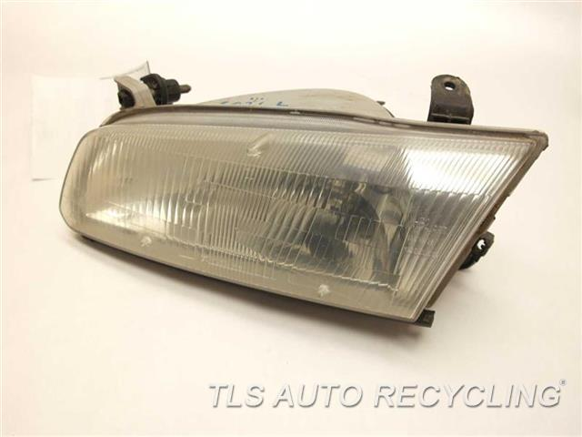 1999 Toyota Camry Headlamp Assembly  DRIVER HEADLAMP 81150-AA010