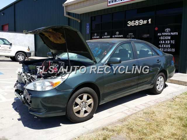 2002 Toyota Camry - Green  Gray--front End Damage