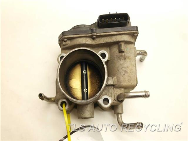 2006 toyota camry throttle body assy 22030 0h020 used a grade. Black Bedroom Furniture Sets. Home Design Ideas