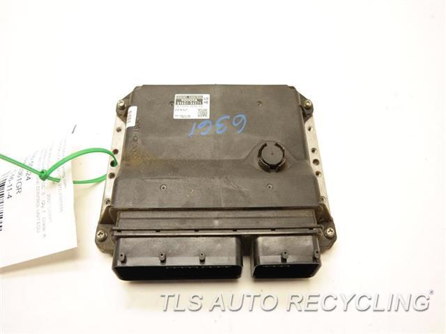 2007 Toyota Camry Eng/motor Cont Mod  89661-06C71 ENGINE CONTROL UNIT ECU