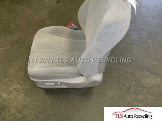 2007 Toyota Camry Seat, Front CLOTH MANUAL 71200-33G50-B8 FA13/GREY PASSENGER FRONT SEAT