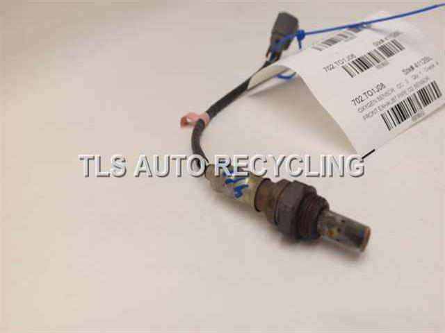 2008 toyota camry oxygen sensor 89465 06200front exhaust pipe o2 sensor used a grade. Black Bedroom Furniture Sets. Home Design Ideas