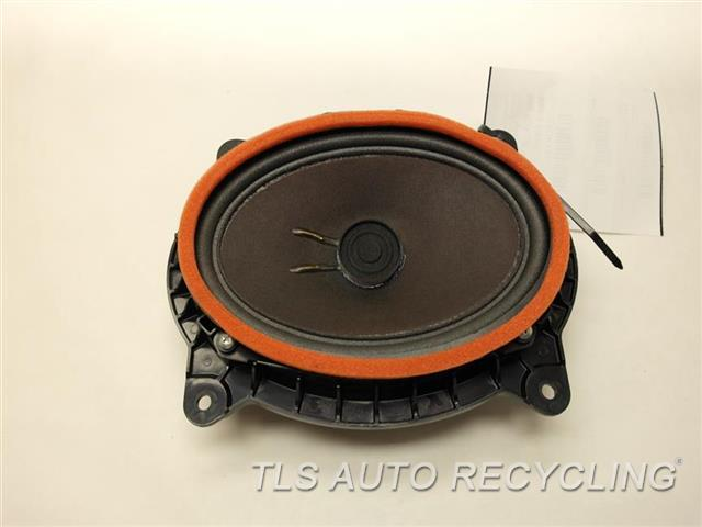 2008 toyota camry speakers 86160 0we90 used a grade. Black Bedroom Furniture Sets. Home Design Ideas