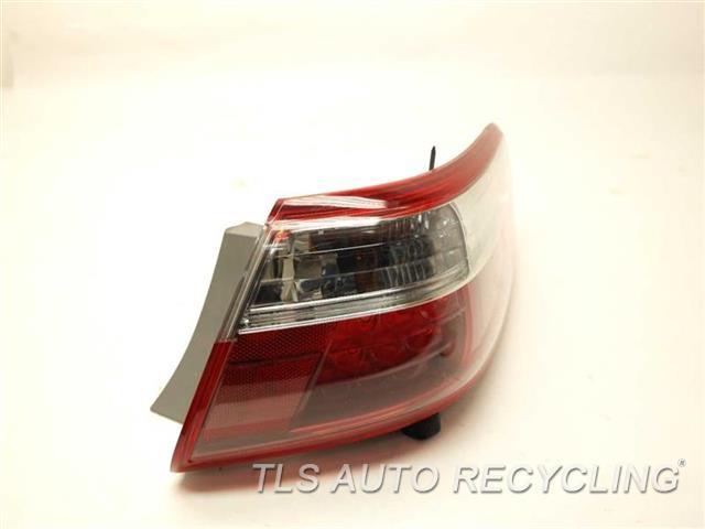2008 toyota camry tail lamp 81551 33490passenger quarter tail lamp used. Black Bedroom Furniture Sets. Home Design Ideas