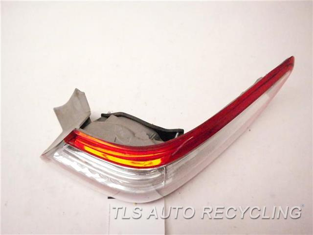 2008 Toyota Camry Tail Lamp  RH,QUARTER PANEL MOUNTED, R