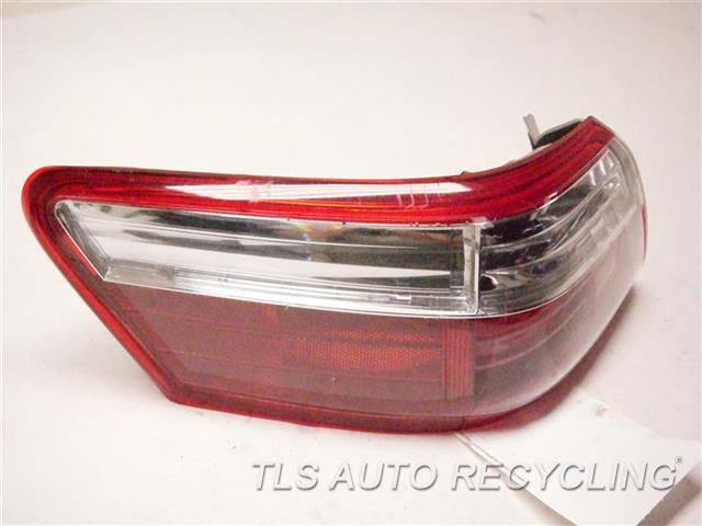 2008 Toyota Camry Tail Lamp DIRTY INSIDE LH,QUARTER PANEL MOUNTED, L
