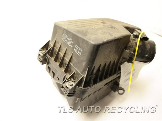 2010 Toyota Camry Air Cleaner  AIR CLEANER BOX  17700-28271