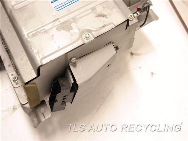 2011 Toyota Camry Battery BATTERY CASE HAS SMALL DENT, DEEP SCRATCH HYBRID BATTERY G9280-33011