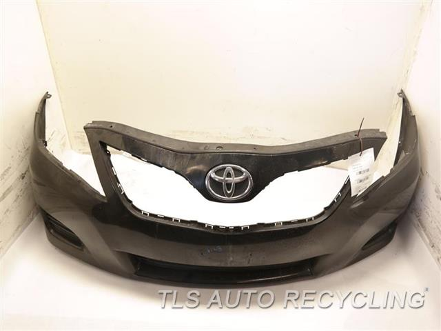 2011 toyota camry bumper cover front w o fog lamp has one dent on the upper center sections. Black Bedroom Furniture Sets. Home Design Ideas