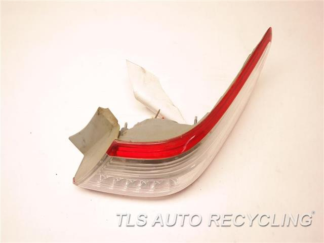 2011 Toyota Camry Tail Lamp  RH,QUARTER PANEL RED TAIL LAMP, AFM