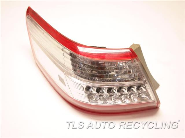 2011 Toyota Camry Tail Lamp  LH,QUARTER PANEL RED TAIL LAMP, AFM