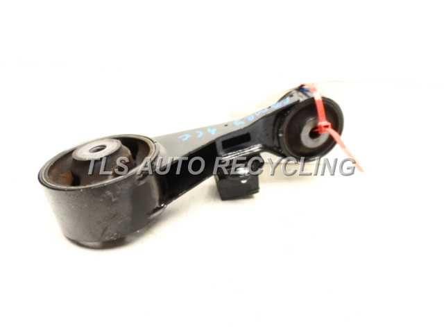 2012 toyota camry engine mounts bracket 12363 for Toyota camry motor mounts replacement cost