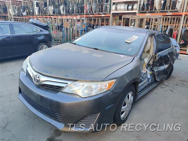 2014 Toyota Camry Parts Stock# 10406R
