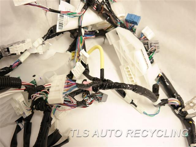 2017 toyota camry dash wire harness 82141 40 used a grade. Black Bedroom Furniture Sets. Home Design Ideas