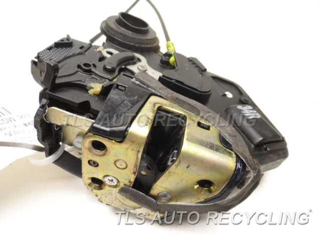 2005 Toyota Corolla Lock Actuator Usa Built 05 08 69050