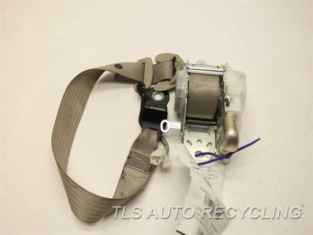 1999 toyota corolla seat belt buckle replacement