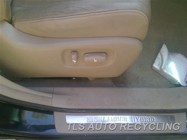 2009 Toyota Highlander Seat, Front WEAR RH,TAN,LEA,(BUCKET), (AIR BAG), LEA