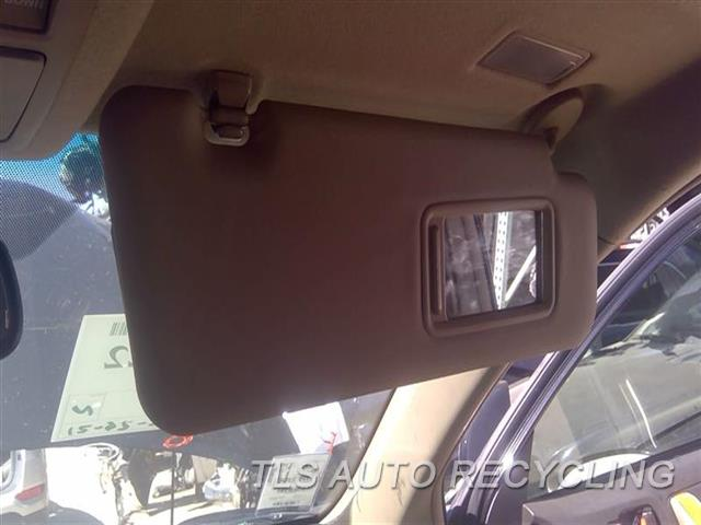 2009 Toyota Highlander Sun Visor/shade  RH,TAN,ILLUMINATION, R.