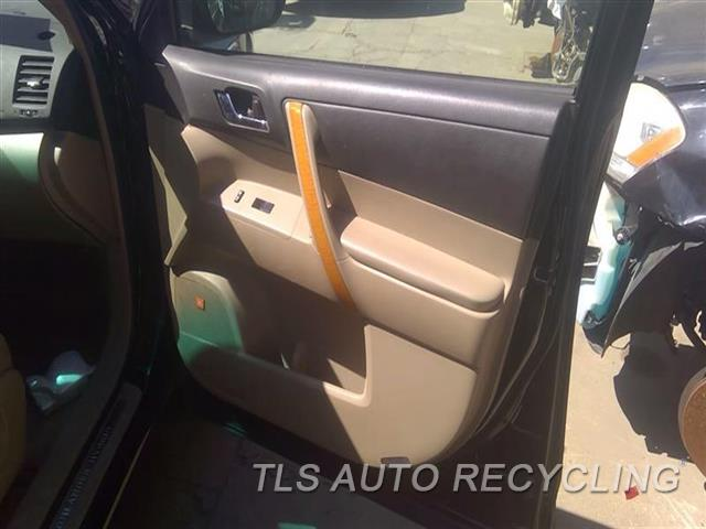 2009 Toyota Highlander Trim Panel, Fr Dr  RH,TAN,LEA
