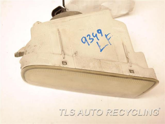 2000 Toyota Land Cruiser Front Lamp  LH,FOG-DRIVING, 8 CYLINDER, BUMPER