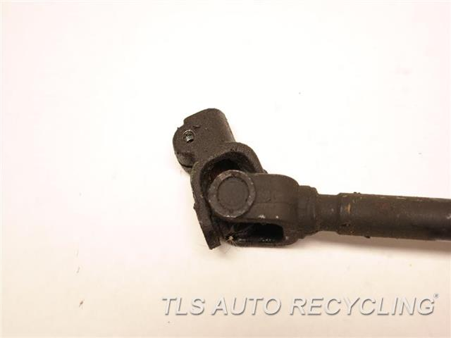 2000 Toyota Land Cruiser Steering Shaft 45203-60090  45025-60100 LOWER STEERING SHAFT W/DUST COVER