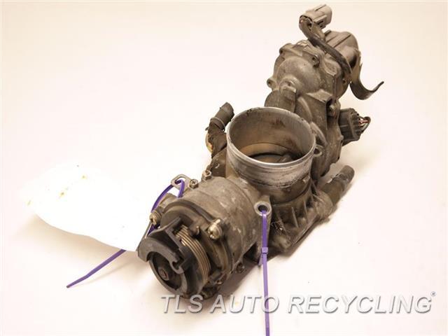 2000 Toyota Land Cruiser Throttle Body Assy  THROTTLE BODY, 4.7L