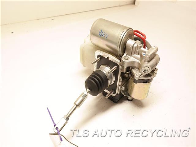 2014 Toyota Land Cruiser Abs Pump  ACTUATOR AND PUMP ASSEMBLY