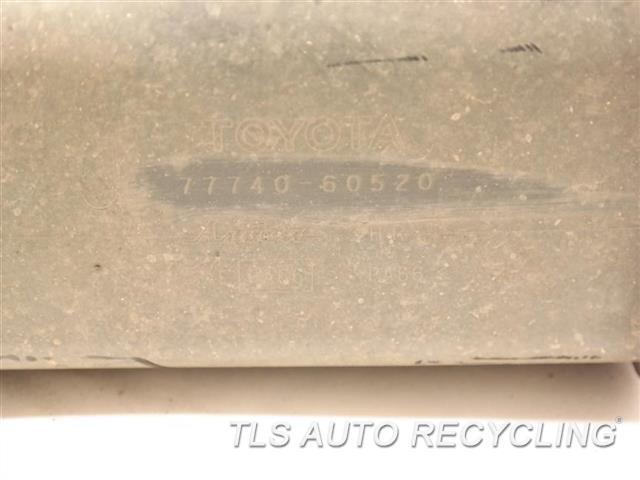2014 Toyota Land Cruiser Fuel Vapor Canister  FUEL VAPOR CANISTER 77740-60520