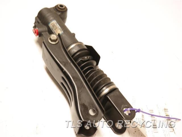 2014 Toyota Land Cruiser Susp Comp Pump 48885-60021 REAR STABILIZER CONTROL