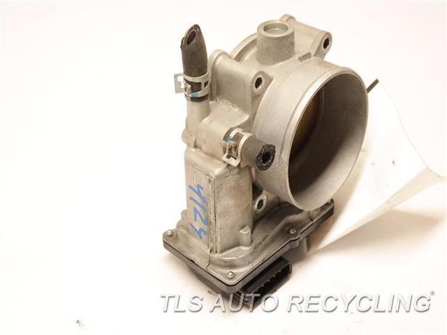 2014 Toyota Land Cruiser Throttle Body Assy  THROTTLE BODY
