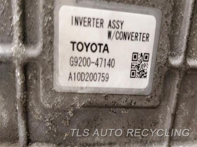 2010 Toyota Prius Hybrid Inverter  CONVERTER INVERTER