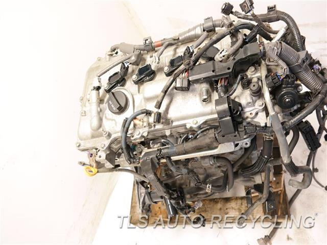 2010 Toyota Prius Engine Assembly  ENGINE LONG BLOCK 1 YEAR WARRANTY