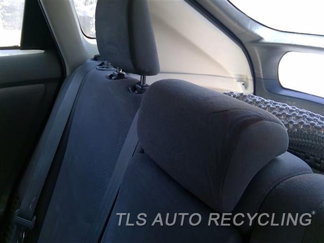 2010 Toyota Prius Headrest  GRY,CLOTH,REAR,CENTER