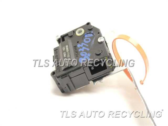 2010 Toyota Prius Misc Electrical 063800 1100 Used A