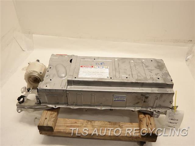2012 Toyota Prius V Battery G9280-76011 HYBRID BATTERY G9280-76010