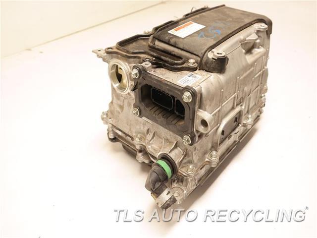 2013 Toyota Prius V Hybrid Inverter  INVERTER CONVERTER G9200-47220