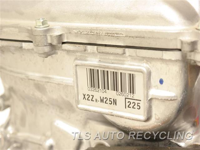 2015 Toyota Prius V Engine Assembly  ENGINE LONG BLOCK 1 YEAR WARRANTY