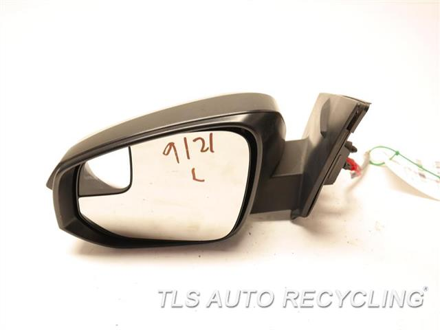 2017 Toyota Rav 4 Side View Mirror W/O TURN SIGNAL, GLASS HANGS LH. BLACK SIDE VIEW MIRROR, POWER