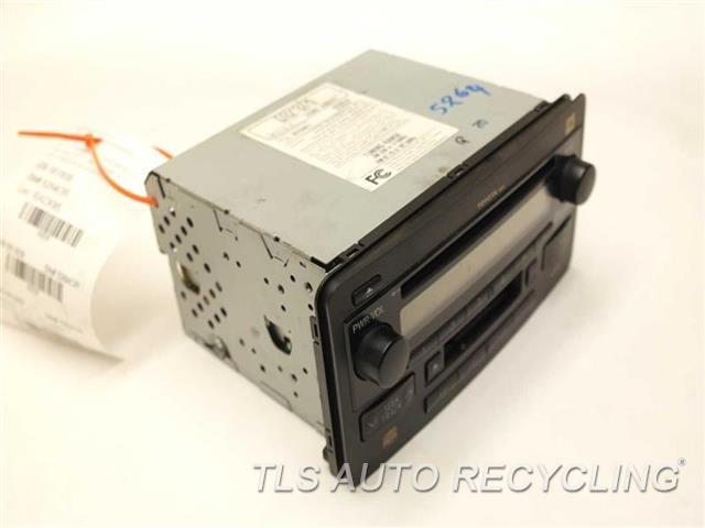 2003 toyota sequoia radio audio amp 86120 0c110 used. Black Bedroom Furniture Sets. Home Design Ideas