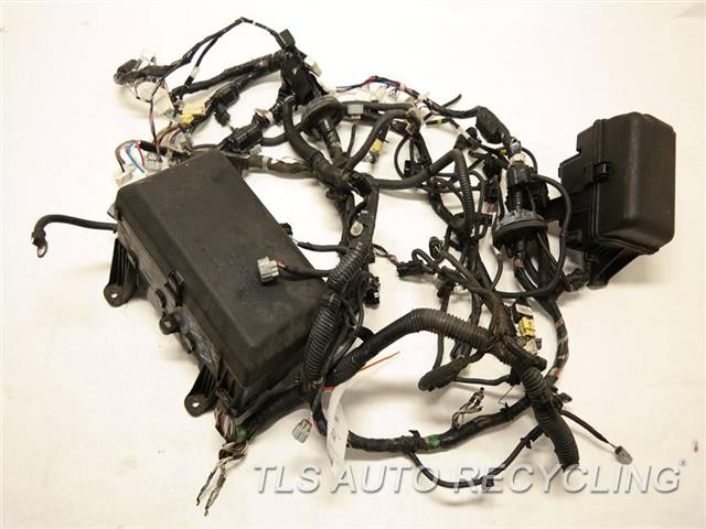 2008 toyota sequoia engine wire harness 82111 0c400 used a grade